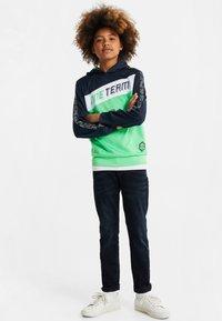 WE Fashion - MET COLOURBLOCK - Sweatshirt - bright green - 0