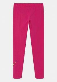 Nike Sportswear - FAVORITES FILL - Leggings - fireberry - 1