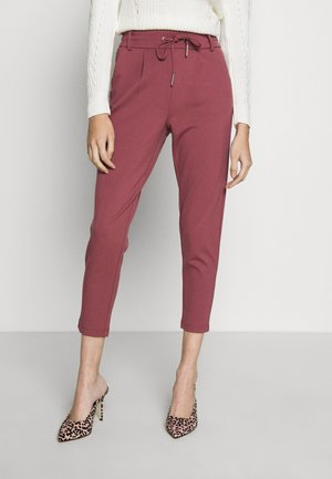 ONLPOPTRASH EASY COLOUR PANT PETIT - Tygbyxor - dark red