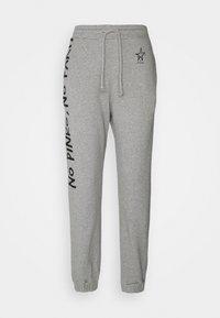 Pinko - ENOLOGIA - Pantalon de survêtement - grey - 6