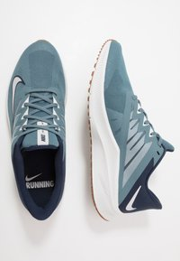 Nike Performance - QUEST 3 - Neutrala löparskor - ozone blue/photon dust/obsidian - 1