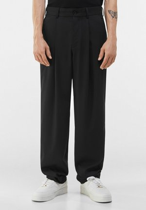 WIDE FIT - Spodnie materiałowe - black