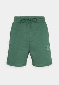 Jack & Jones - JJITOBIAS  UNISEX - Shorts - trekking green - 3