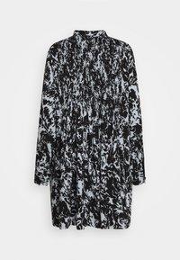 Proenza Schouler White Label - PRINTED GEORGETTE BABY DOLL DRESS - Denní šaty - seal blue/black - 1