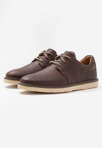 Clarks - GRANDIN PLAIN - Stringate sportive - brown - 2