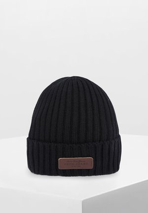 NEW - Beanie - black