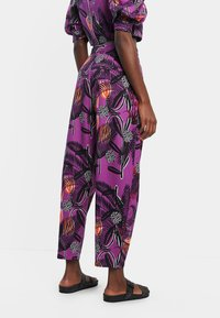 Desigual - DESIGNED BY M. CHRISTIAN LACROIX: - Trousers - red - 2