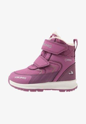ELLA GTX - Vinterstøvler - dark pink/violet