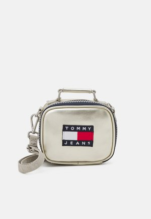 HERITAGE NANO BAG - Handbag - grey