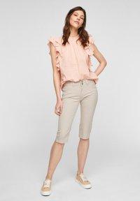 QS by s.Oliver - Denim shorts - beige - 1