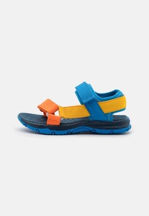 KAHUNA UNISEX - Chodecké sandály - blue/multicolor