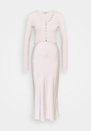 ONDRA DRESS SET - Day dress - soft pink