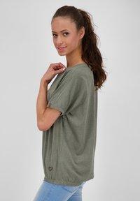 alife & kickin - Basic T-shirt - dust - 3