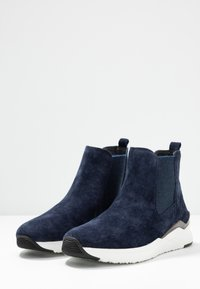 Gabor - Ankle boots - marine - 4