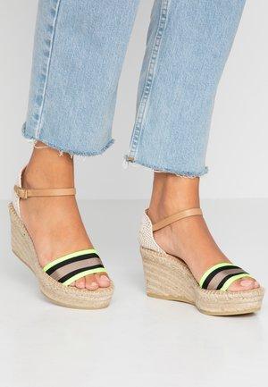 CAPRI - Platform sandals - amarillo fluor