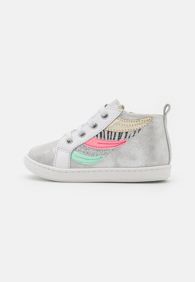 BOUBA WINGS - High-top trainers - silver/white/multicolor