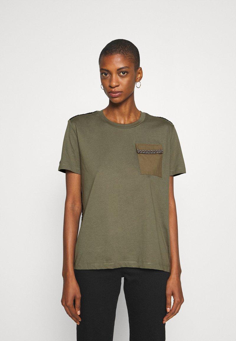 Desigual - NIZA - Basic T-shirt - boaba