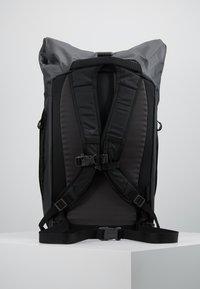 Osprey - TRANSPORTER ROLL - Rucksack - black - 3