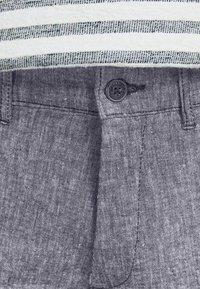 Jack & Jones - MARCO DAVE LEINEN - Pantalones chinos - black - 4