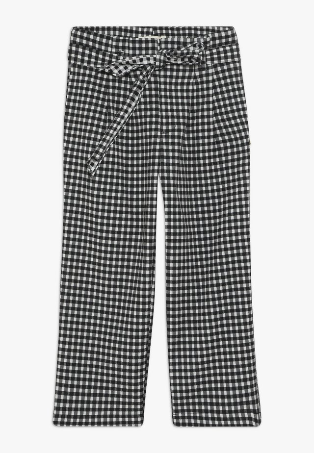 WIDE LEG FIT PAPER BAG WAIST PANTS IN STRUCTURED CHECK - Pantalones - black/white