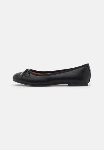 Ballet pumps - black matt