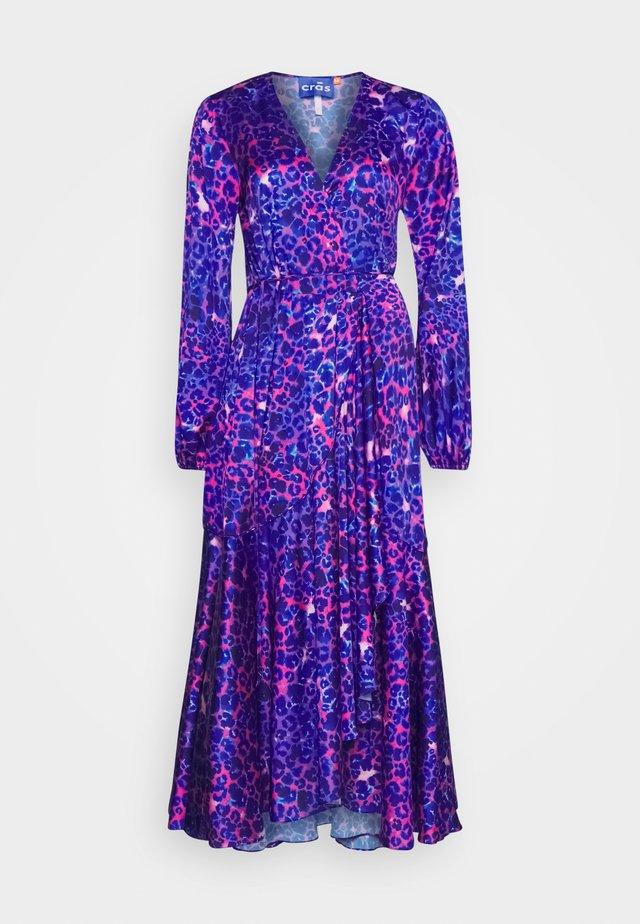 HARPER DRESS - Maxi-jurk - malina