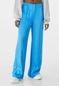 Bershka - Trousers - blue - 0