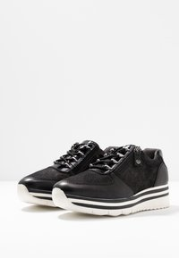 Tamaris Pure Relax - Trainers - black - 4