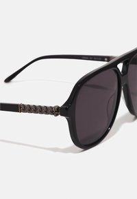 Alexander McQueen - UNISEX - Sluneční brýle - black/silver-coloured/grey - 3