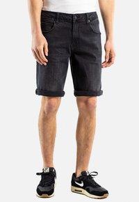 Reell - RAFTER - Denim shorts -  black denim - 0