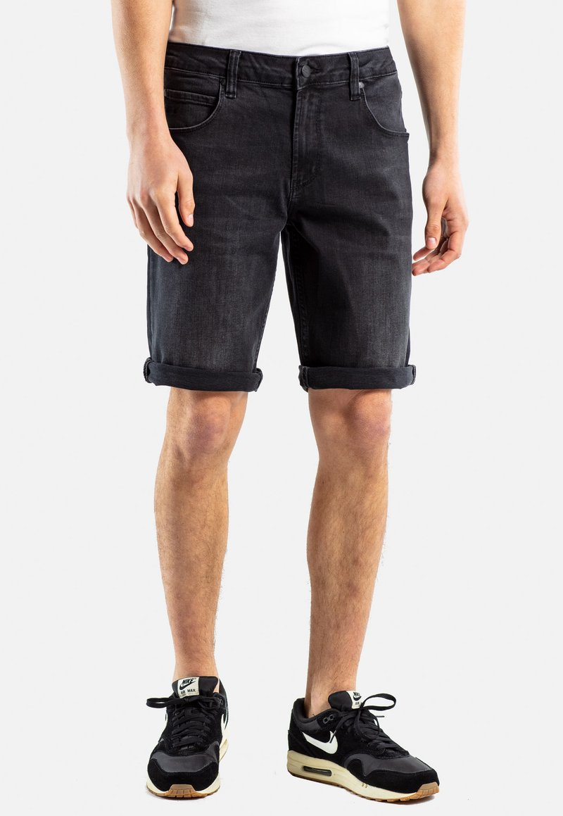 Reell - RAFTER - Denim shorts -  black denim