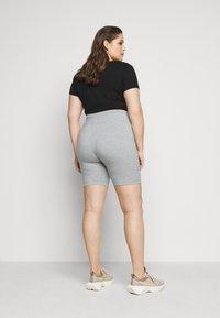 Nike Sportswear - LEGASEE BIKE PLUS - Szorty - grey heather/black - 2