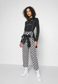 Nike Sportswear - Body - black - 1