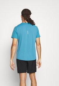 The North Face - TRUE RUN - Print T-shirt - storm blue - 2
