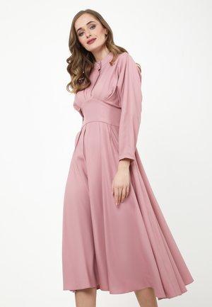 KENAVA - Day dress - rosa