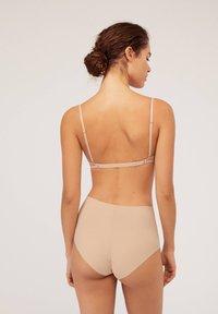OYSHO - MULTIWAY MIT HERAUSNEHMBAREN MICRO BH-PADS - Multiway / Strapless bra - nude - 3