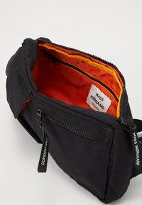 Mads Nørgaard - BEL AIR RECY CARNI UNISEX - Bum bag - black - 4