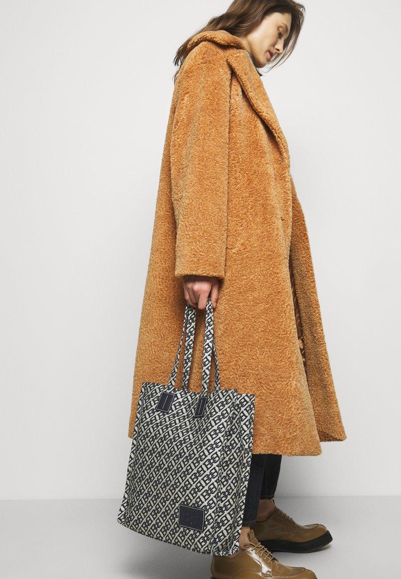 Bally - CABANA CRYSTALIA CASUAL TOTE - Tote bag - natural/midnight