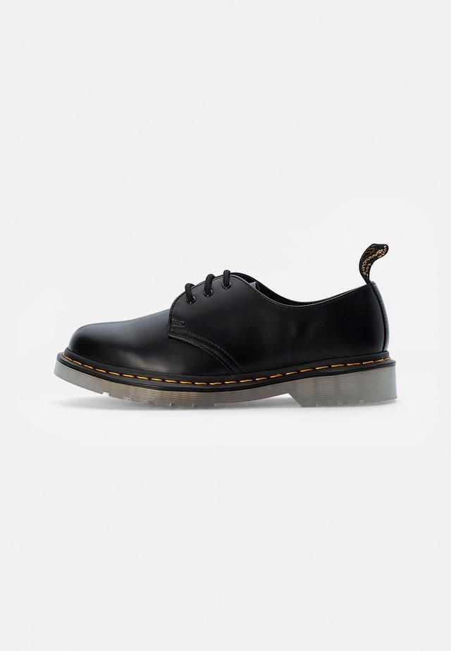 ICED - Sportieve veterschoenen - black smooth
