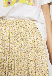 Gina Tricot - SARINA PLEATED SKIRT - A-line skjørt - white/yellow - 4