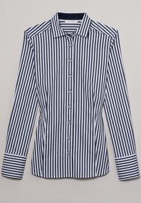 Eterna - Button-down blouse - marine/weiß - 4