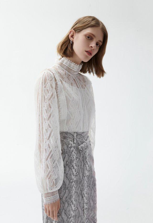 SEE THROUGH  - Blusa - white