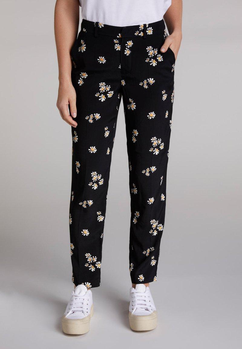 Oui - Trousers - black offwhite