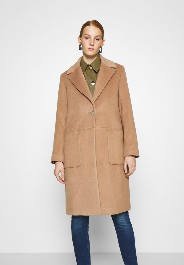 SCAFFOLD NORMAL LENGTH - Classic coat - camel delicious