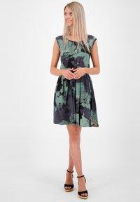 alife & kickin - Day dress - charcoal - 1