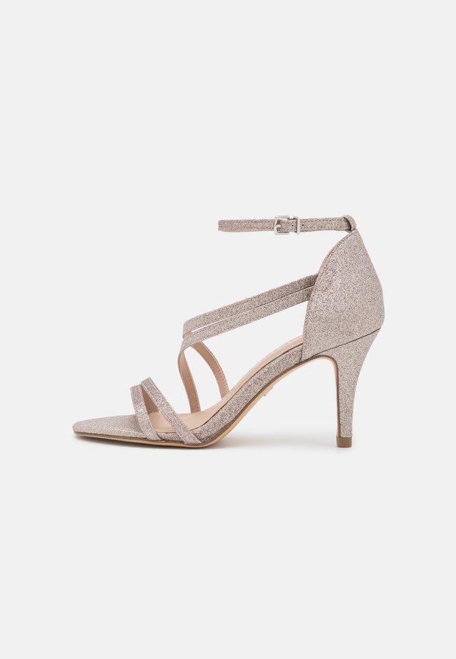 Sandały - space glamour