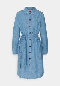 Barbour - TYNEMOUTH DRESS - Sukienka jeansowa - authentic wash - 5