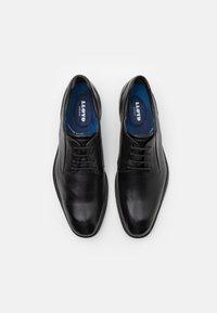 Lloyd - MOLTO - Šněrovací boty - black - 3