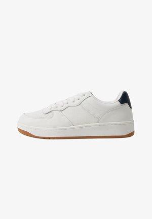 FASANO - Trainers - white