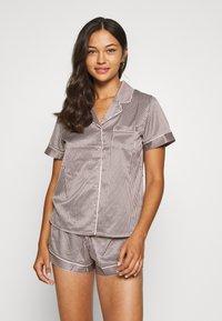 LingaDore - TOP WITH SHORTS SET - Pyjamas - white/grey - 0